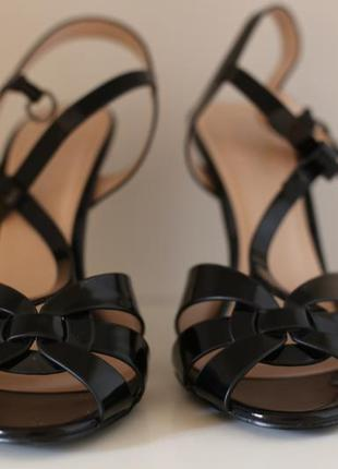 """Чёрные лакированные (лаковые) босоножки """"vallenssia fashion""""."""
