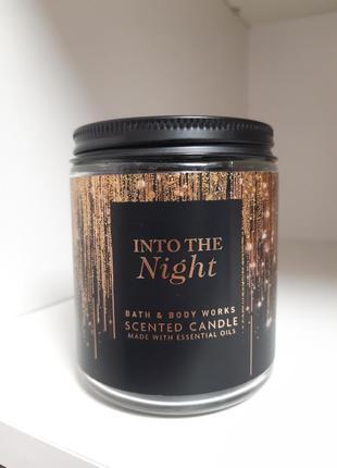 Черная свеча bath and body works аромат into the night
