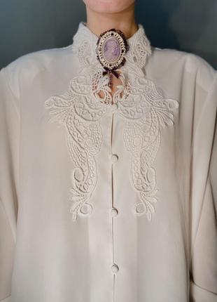 Кружевная белая блуза отложной ажурный воротник
