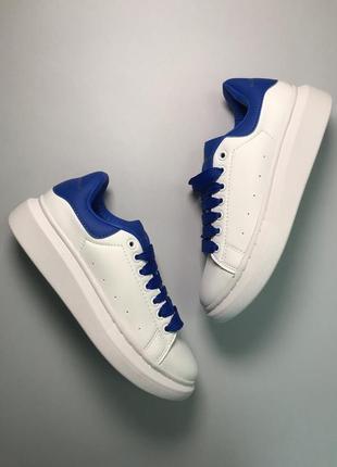 Белые синие женские кроссовки кеды (alexander mcqueen white blue)