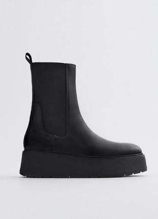 Чорні шкіряні черевики zara  на невисокій платформі