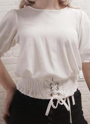 Блуза с поясом на завязках