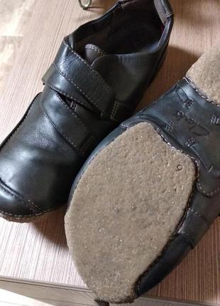 Кожа туфли кларкс