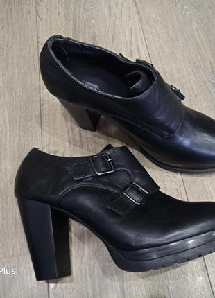 Роскошные ботильоны, туфли на платформе dinsko 42 размер