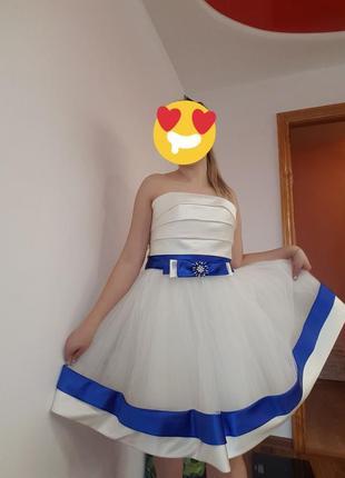 Вечернее платье (выпускное платье)