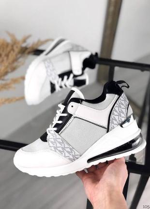 Кроссовки под бренд черно-белые