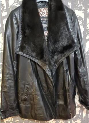 Куртка кожаная с норковым воротником на магнитах
