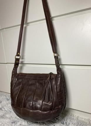 Кожаная сумка на плечевом ремне от британского бренда urbancode