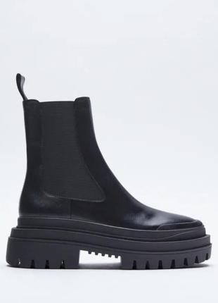 Zara новые кожаные ботинки