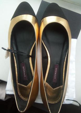 Новые фирменные кожаные балетки uterque разумный торг