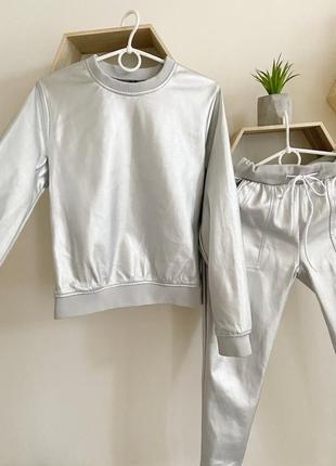 Стильный тёплый костюм эко кожа лыжный серебро спортивный1 фото