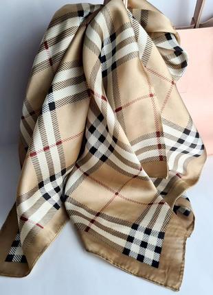 Платки шелковые с дизайнерскими принтами 70*70см. отличный подарок на 8 марта