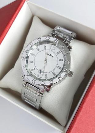 Наручные часы женские в серебре