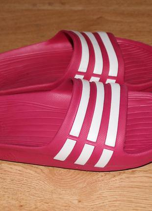 Орыгинальные шльопки шлепанцы adidas