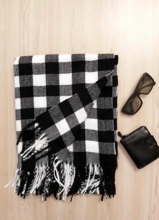 Шерстяной зимний шарф клетка белый чёрный