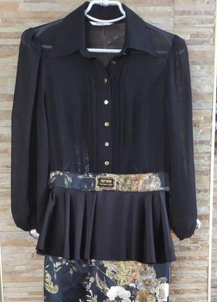 Плаття чорного кольору фірми aron