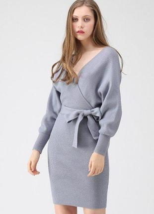 Актуальна тепла трикотажна сукня з топом назапах