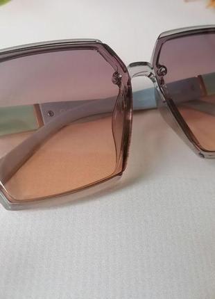 Ультра модные очки  градиент полупозрачная оправа