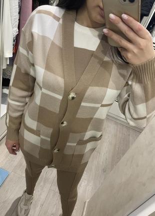Костюм вязанный тройка кофта штаны брюки клетка трикотаж мода новая коллекция весна люкс
