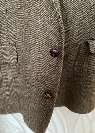 Красивый шерстяной пиджак zara