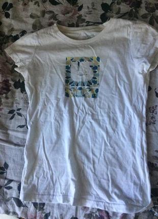 Милая футболка burton