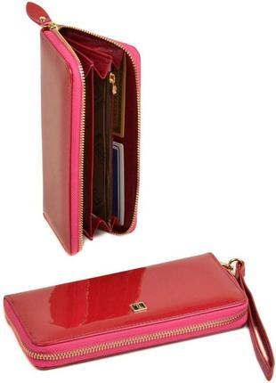 Кожаный лаковый женский кошелек bretton