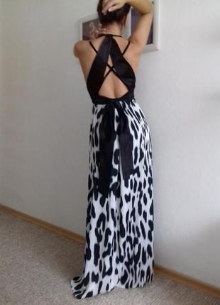 Нереально красивое брендовое платье с бархатными бретельками с-м