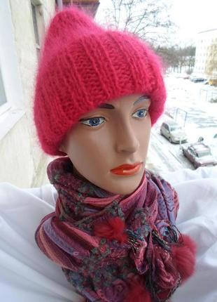 Очень красивая малиновая шапочка такори 56-58р.мохер.