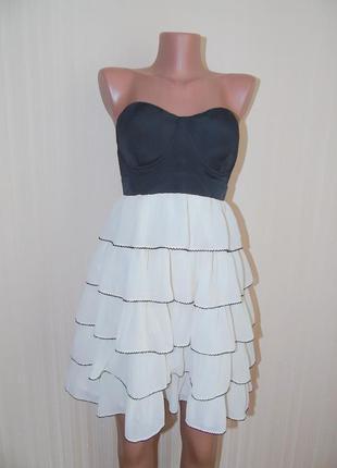 Красивое платье от lipsy