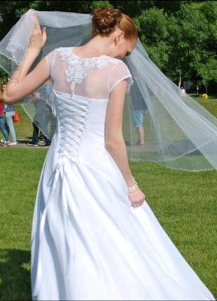 Свадебное платье+подарок, белое платье.