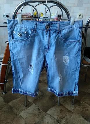 Джинсовые шорты фирмы denim  diker jeans.size-33