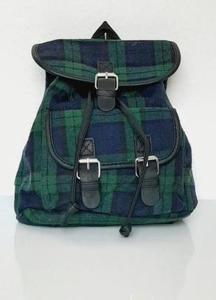 Удобный рюкзачок