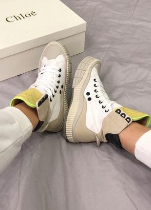 Высокие стильные кроссовки кеды