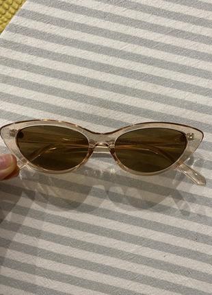 Очень стильные солнцезащитные очки4 фото