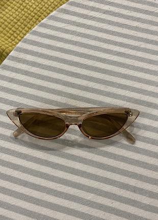 Очень стильные солнцезащитные очки2 фото