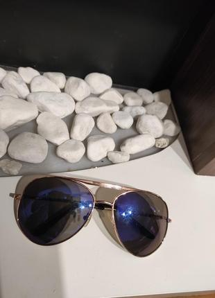 Стильные, солнцезащитные очки, капли/унисекс, с красивым синим цветом линз