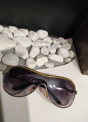 Стильные, солнцезащитные очки, унисекс. fara