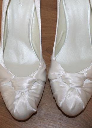 Свадебные атласные туфли menbur, 38 размер