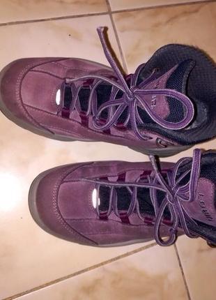 Ботинки спортивные lowa