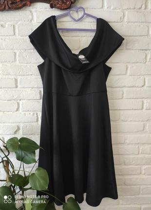 Платье размера plus size