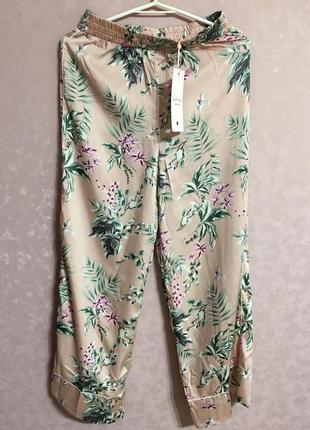 Шелковые летние штаны от vero moda размер xs