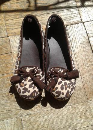Леопардовие лофери на девочку gymboree