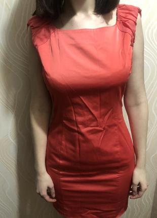 Коктейльна сукня