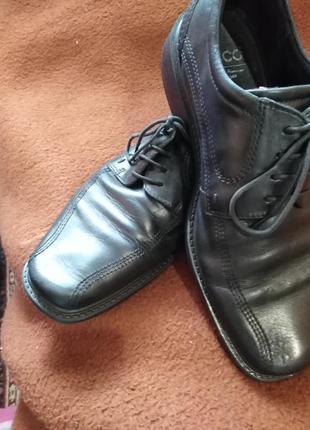 Туфлі чоловічі. ессо