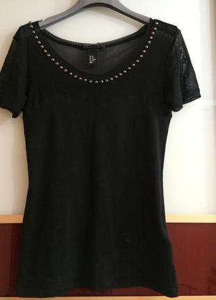 Красивая футболка блуза чёрная