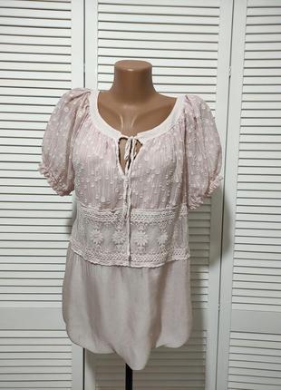Двухслойная шелковая блузка с кружевом