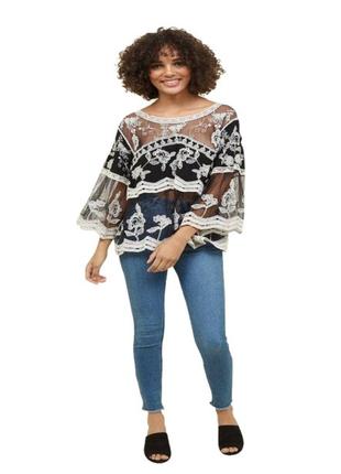 Шикарная блуза с вышивкой.
