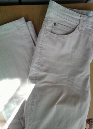 Бежеві джинси brax