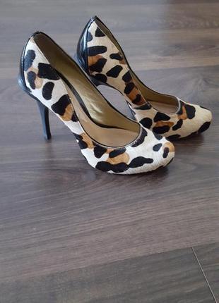 Туфли фирмы dumond. туфли из натуральной кожи, 38р. (37р)