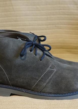 Серые фирменные замшевые ботинки - чукка larson италия 45 р. ( 29,5 см.)